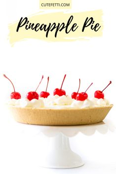 No-bake pineapple pie with the easiest pineapple filling. Creamy and delicious. Strawberry Swirl Cheesecake, Strawberry Desserts, Cheesecake Strawberries, Strawberry Sauce, Easy No Bake Desserts, Dessert Recipes, Appetizer Recipes, Pineapple Pie Recipes, Have A Snickers