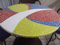 Mosaic Tile Table, Mosaic Diy, Mosaic Furniture, Hummingbird Painting, Mosaic Projects, Mosaic Patterns, Stone Art, Oeuvre D'art, Chair