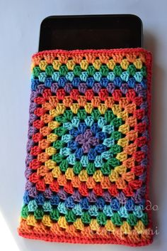 GrannySquare crochet tablet cover. Easy to follow visual instructions (if you can't figure it out already.) ¯_(ツ)_/¯  ☀CQ #crochet #grannysquare Thanks for sharing!