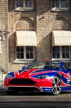 Aston Martin Vantage V12 Volante