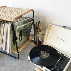 vinyl #uoaroundyou #uohome (via themoptop)