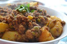 Mince Recipes, Curry Recipes, Fresh Coriander, Fresh Garlic, Curry Mince Recipe, Real Food Recipes, Cooking Recipes, Free Recipes, Easy Recipes