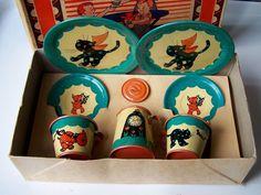 1930s Ohio Art Litho Childrens Tea Set Fern Bisel Peat Gingham Dog Calico Cat   eBay