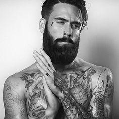 Our friend @ianelkins is almost at 100k followers. Please help reach the target by following, he has some amazing photos.  #beard #beardgang #beards #beardeddragon #bearded #beardlife #beardporn #beardie #beardlover #beardedmen #model #blackandwhite #beardsinblackandwhite #style  @steviechrisphoto