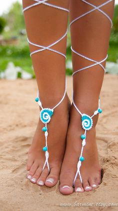 Seashell White and Aqua Crochet Barefoot Sandals, Nude shoes, Bridal foot jewelry, Turquoise gemstone Anklet, Turquoise accessory, Wedding