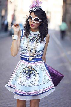 MACADEMIAN GIRL: Designer Inspired Round Circle Half Tinted Lens Sunglasses 8511