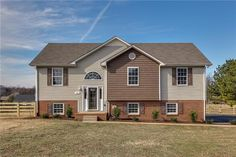 938 Cranford Hollow Rd, Columbia, TN 38401. 3 bed, 3 bath, $214,900. Contract fell throug...