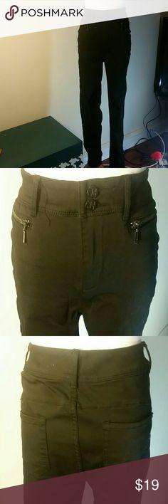 Black pants Jennifer Hudson black pants. Worn once. New York & Company Pants Skinny
