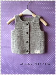 Baby Tank Tops – Baby and Toddler Clothing and Accesories Baby Boy Knitting, Knitting For Kids, Baby Knitting Patterns, Free Knitting, Baby Patterns, Baby Boy Cardigan, Knit Cardigan, Diy Bebe, Knitted Baby Clothes