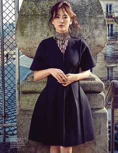 Song Hye Kyo Ravishing in Paris for Elle Korea and Starts Filming Descendants of the Sun with Song Joong Ki Lee Jun Ki, Korean Beauty, Asian Beauty, Korean Fashion, High Fashion, Song Joong Ki, Korean Actresses, Beautiful Actresses, Asian Woman