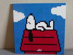 Snoopy sleeping on top of his doghouse. Cross Stitch Designs, Cross Stitch Patterns, Lego Words, Lego Sculptures, Lego Wall, Lego Pictures, Lego Activities, Lego Design, Lego Storage