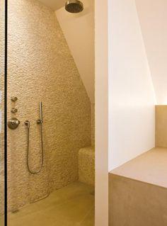 zolder badkamer Kleur en materiaal niet helemaal mijn ding, maar wel ...