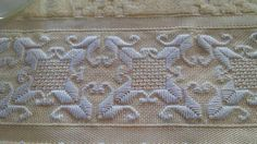 This Pin was discovered by Ayş Hardanger Embroidery, Diy Embroidery, Cross Stitch Embroidery, Embroidery Patterns Free, Embroidery Needles, Embroidery Designs, Needlepoint Stitches, Needlework, Monks Cloth