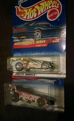 2 Hot Wheels Funny Car 1999 Mega Graphics Series #1/4 Collector #973 #976 #HotWheels