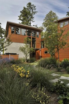 Massive US House Built for Comfort and Security: Sunset Point Residence
