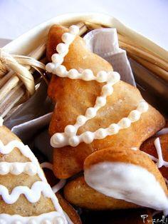 Mézeskalács Gingerbread Cookies, Gluten, Desserts, Food, Gingerbread Cupcakes, Tailgate Desserts, Deserts, Essen, Postres