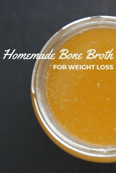 This easy homemade slow cooker bone broth provides benefits from weight loss, healing the gut to detox. Super Healthy Recipes, Healthy Foods To Eat, Keto Recipes, Healthy Eating, Fit Foods, Healthy Habits, Cooker Recipes, Crockpot Recipes, Soup Recipes
