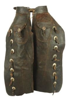 antique leather chaps with conchos 16068486_1.jpg (417×600
