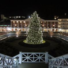 """.@Omni Hotels & Resorts's photo: """"Omni Bedford Springs ready for the holidays #OmniHotels"""""""