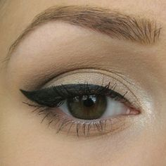 Ever since I saw Christina wear this look in Burlesque... Step by step classic natural eye tutorial