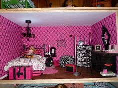 Carrie's Inspiration: American Girl Doll House