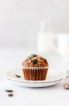 Dairy and refined sugar-free breakfast muffins with spelt flour.