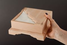 Blank napkin holder por FinePlywood en Etsy Small Woodworking Projects, Wooden Projects, Wooden Crafts, Wood Napkin Holder, Paper Towel Holder, Wooden Watch Box, Wooden Boxes, Creative Crafts, Diy And Crafts