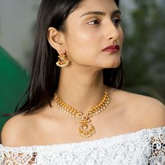 Buy the best Necklace set Indian Jewelry online from the top Necklaces manufacturer. Shop Anu Antique Necklace Sets online from the top brand for the best traditional and classy looks. Long Pearl Necklaces, Short Necklace, Simple Necklace, Necklace Set, Pendant Necklace, Jewelry Necklaces, Hanging Jewelry, Mango Necklace, Pandora Necklace