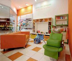 Espacios Cool, peluquerías FashionKids Kids Hair Salon, Spa Design, Kid Spaces, Barber Shop, Cool Kids, Corner Desk, Salon Ideas, Business Opportunities, Bedroom