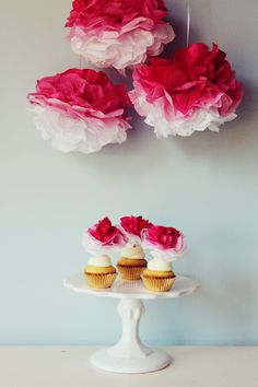 DIY ombre poms for a