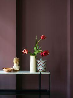 Efterårets vægfarver - nyheder fra Jotun - The Sweet Spot Bedroom Wall Colors, Bedroom Decor, Jotun Paint, Jotun Lady, Interior Paint, Interior Design, Dusty Purple, Colour Pallete, Arte Floral