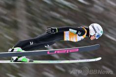 (c)AFP/Jure Makovec ▼2Feb2014 AFP|高梨が今季9勝目、ジャンプW杯女子 http://www.afpbb.com/articles/-/3007651 #ski_jumping #sara_takanashi #World_Cup #Hinzenbach #12th_event #takanashi