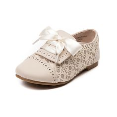 Shop for Toddler Sarah-Jayne Jazz Oxford Casual Shoe in Beige at Journeys Kidz. The Sarah-Jayne Jazz Oxford features a synthetic upper, hook and loop ribbon lace closure, decorative perforations, elegant floral glitter with lace side paneling, and durable rubber outsole for traction.