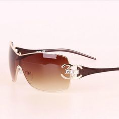 Cheap glasses old, Buy Quality glasses men directly from China glasses myopia Suppliers: 2017 Italy Oversized Sunglasses Women Brand Designer Diamond Big Frame Sun Glasses For Womens Gold Retro Woman Sunnies Shades Sunnies, Gold Sunglasses, Retro Sunglasses, Oversized Sunglasses, Sunglasses Accessories, Women's Accessories, Sunglasses Women, Sunglasses Sale, Sunglass Frames