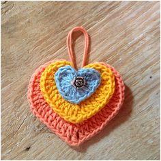 Crochet Across The World: Crochet a beautiful heart pendant