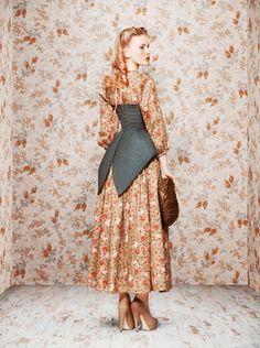 flower dress with waist-cincher