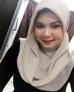 hijaber gaul #hijabicollection Muslim Fashion, Hijab Fashion, Hijab Tutorial, Hijab Outfit, Outfits, Beauty, Style, Swag, Suits