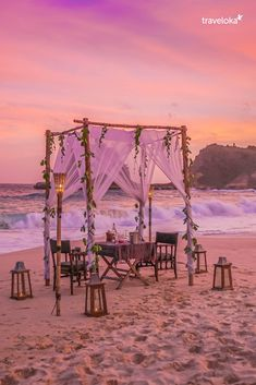 Romantic Dinner at Best Western Exclusive Deal Sweet Home Design, Beautiful Home Designs, Beautiful Homes, Latest House Designs, New Home Designs, Cozy Backyard, Backyard Landscaping, Places To Travel, Places To Visit