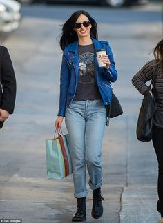 Keeping her cool: Earlier on in the day, Krysten nailed off-duty chic in cropped boyfriend...