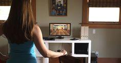 Sensor ruchu Kinect sprzedał się liczbie aż 35 milionów egzemplarzy i zaledwie kilka lat temu podbił świat konsol do gier. Szybko przestał być jednak odbierany jako gadżet rodem z przyszłości, a zaczął w kontekście irytującej zabawki. Niedawno Microsoft zakończył jego produkcję. Co poszło nie tak?…