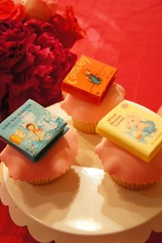 """This is how to do a book-themed baby shower! Click through for the full gallery of images."""