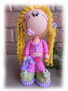 Boneca Fofucha em Biscuit, totalmente modelada à mão sem uso de moldes. Cores vivas e estilo apaixonante!   FRETE SOB CONSULTA!