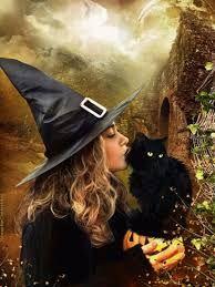 Comme elle ne pouvait que le faire, Madame Dugot a dédié le mot du mois d'octobre aux sorcières. Ces femmes intelligentes, courageuses et ...