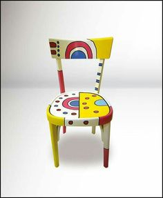 Sedia Funky Painted Furniture, Painted Chairs, Recycled Furniture, Paint Furniture, Unique Furniture, Furniture Makeover, Funky Chairs, Old Chairs, Diy End Tables