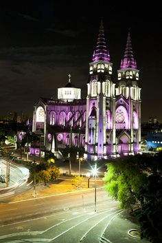 Philips lights up Cathedral Fortaleza in Brazil pink for Breast Cancer Awareness 2013