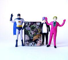 Portemonnaie JOKER & RIDDLER D.C. Comic upcycling Unikat! Geldbörse, Brieftasche, Geldbeutel Batman DC Comic wallet handmade in Berlin von PauwPauw auf Etsy