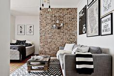 Briques, palettes et carreaux de ciment dans un studio - PLANETE DECO a homes world