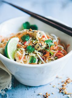 Carb-free no noodle Pad Thai recipe from blogging powerhouse Green Kitchen Stories...