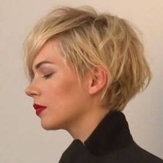 """➰➰ """"Dishevelled Undercut Pixie"""" (the Michelle Willams) ...much love for this talent, been a fan of hers since her Dawson's Creek days..knew she was the most substantial among the bunch yet is due to win an Oscar.... Hail the queen of pixie blondes. #tbt #MichelleWilliams #pixies #hair2017#hairstyles2017 #toniandguy"""