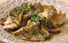 Chicken with wild mushrooms and balsamic cream sauce | The Hopeless Housewife